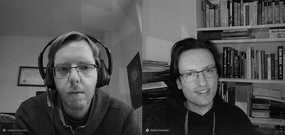 Nils Löwe und Robert Heinecke während des Interviews